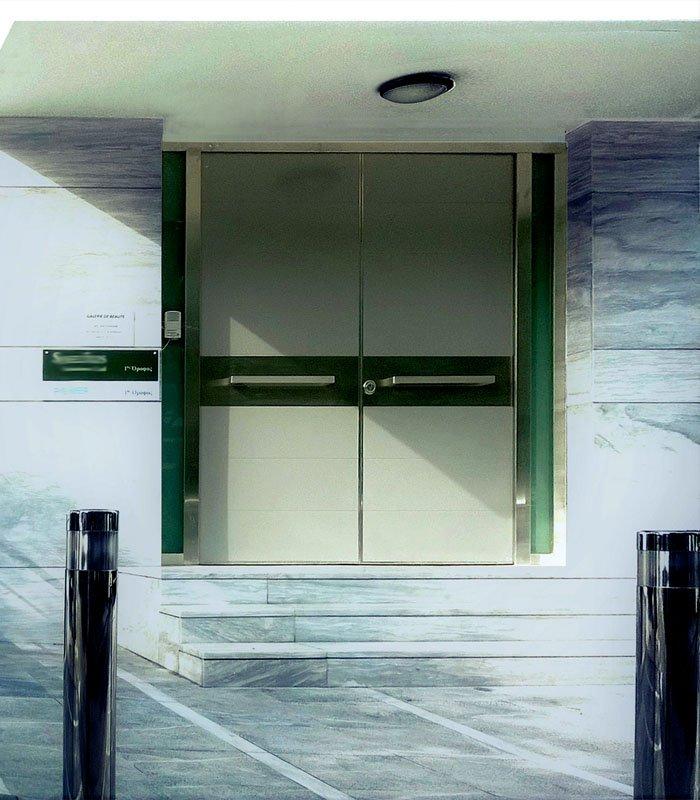 Δίφυλλες πόρτες ασφαλείας