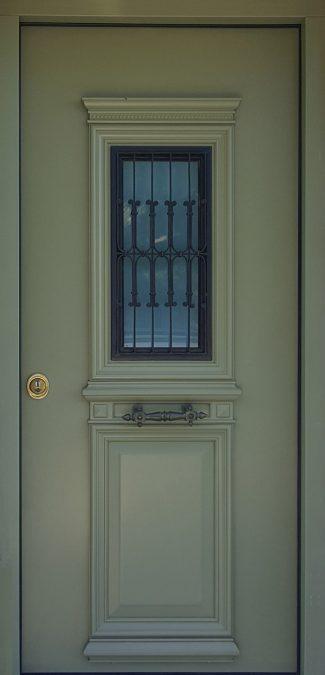 Θωρακισμένες Πόρτες με Παράθυρο