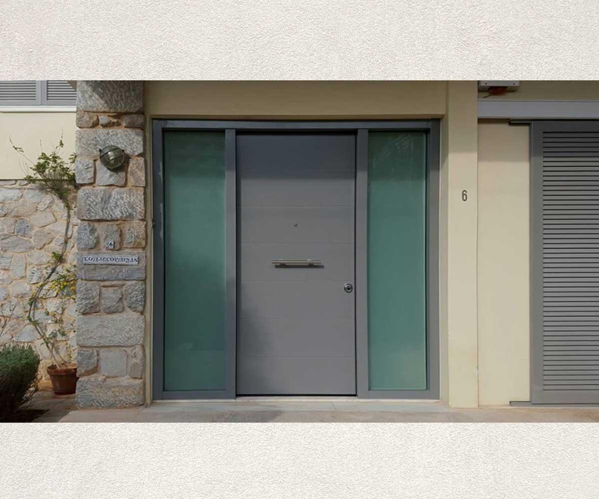 Κεντρική είσοδος πολυκατοικίας θωρακισμένη | siamo