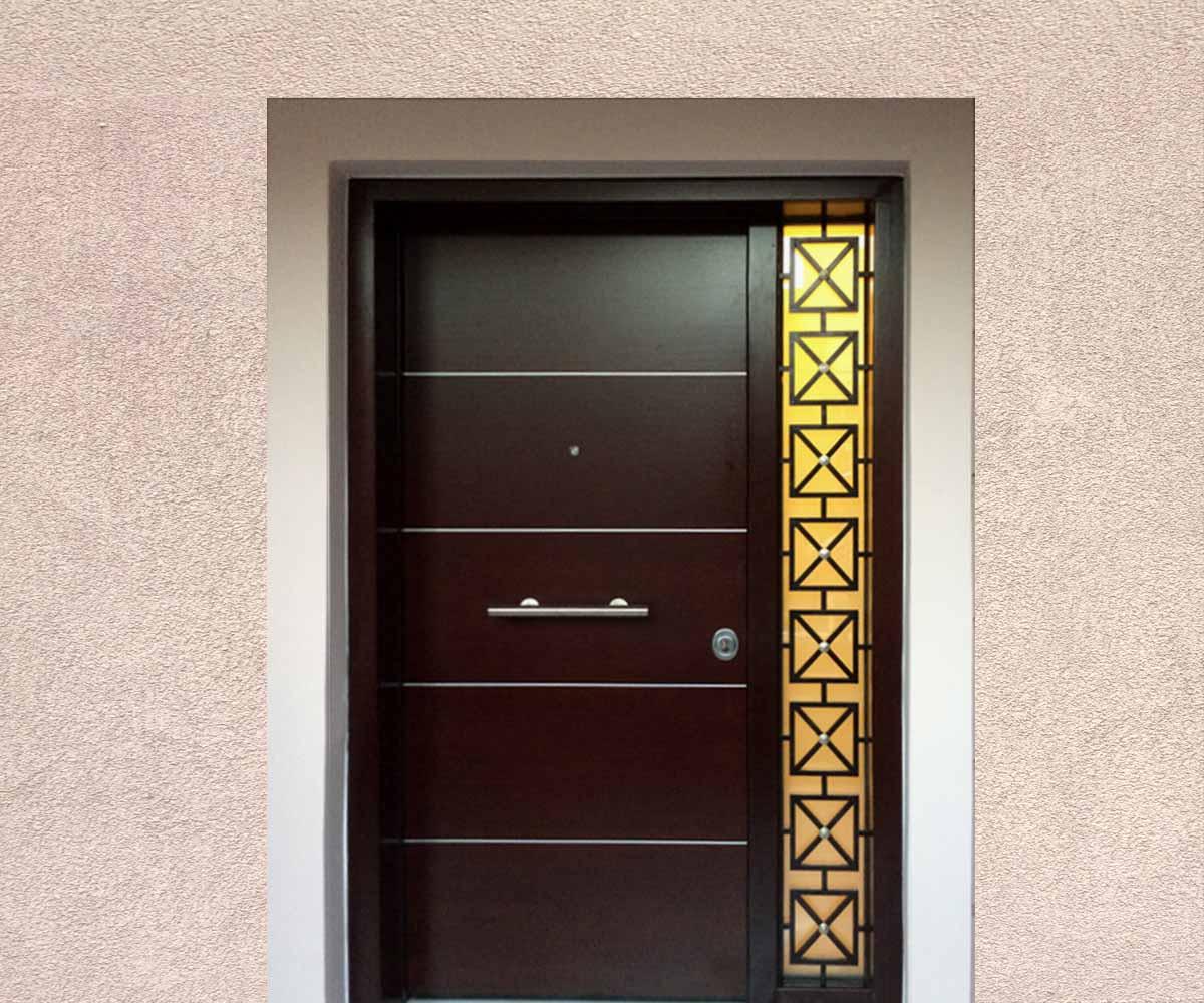 κεντρική είσοδος τζάμια και μασιφ κάγκελα | siamo.gr