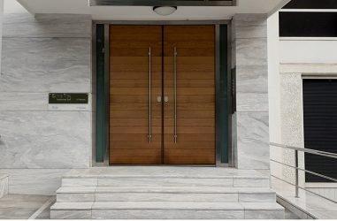 Πόρτες εισόδου πολυκατοικίας με γνώμονα τις ανάγκες σας
